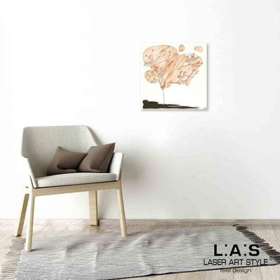 Quarantotto </br>  Codice: Q-001 | Misura: 48x48 cm </br> Colore: decoro pesca-incisione legno