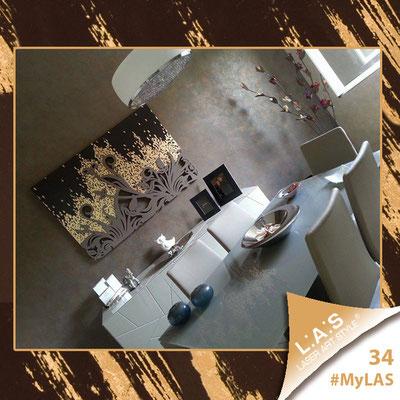 A casa di Dario e Leslie <br> Abitazione privata   Italia </br> Codice: SI-135   Misura: 150x100 cm </br> Colore: marrone foglia oro e rame - applicazione grigio marrone