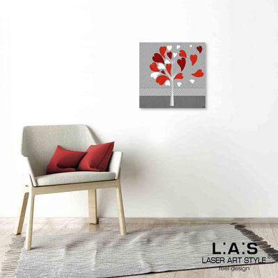 Quarantotto </br>  Codice: Q-008 | Misura: 48x48 cm </br> Colore: decoro rosso-incisione legno
