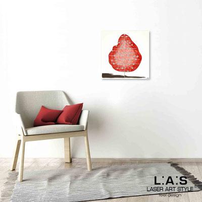 Quarantotto </br>  Codice: Q-002 | Misura: 48x48 cm </br> Colore: decoro rosso-incisione legno