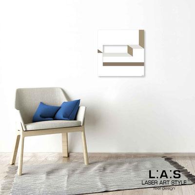 Quarantotto </br>  Codice: Q-019 | Misura: 48x48 cm </br> Colore: bianco-incisione legno