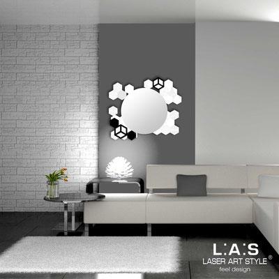Specchiere </br> Codice: SI-311 | Misura: 90x75 cm </br>  Colore: bianco-nero-incisione tono su tono