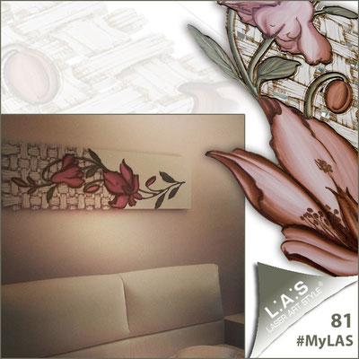 A casa di Nunzia <br> Abitazione privata | Italia </br> Codice: SI-075-B | Misura: 148x50 cm </br> Colore: panna - decoro fiore rosso mattone