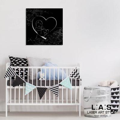News </br>  Code: Q-037-T6 | Size: 48x48 cm </br> Colour: black-matched engraving