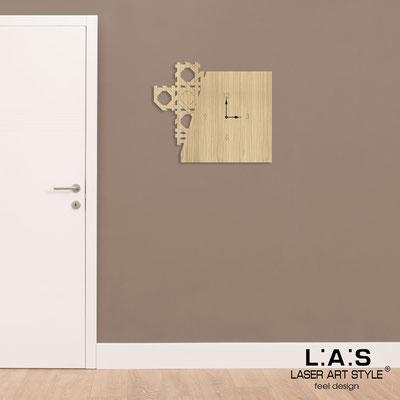 Orologi </br> Codice: W-415 | Misura: 65x55 cm </br>  Colore: natural wood