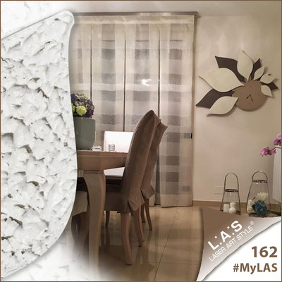 Abitazione privata   Italia </br> Codice: SI-210   Misura: 115x89 cm </br> Colore: nocciola-grigio marrone-decoro stucco panna-con veri cristalli