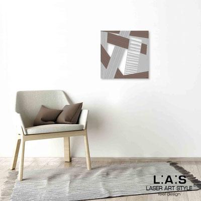 Quarantotto </br>  Codice: Q-018 | Misura: 48x48 cm </br> Colore: decoro grigio-tortora-incisione legno