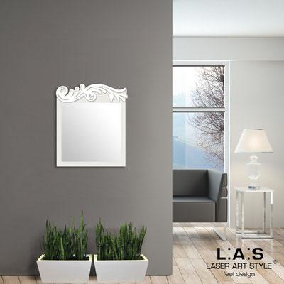 Specchiere </br> Codice: SI-319 | Misura: 60x70 cm </br>  Colore: panna-bianco