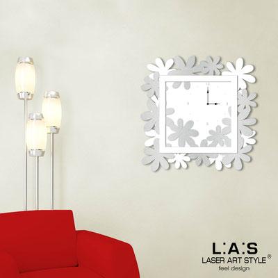 Orologi </br> Codice: SI-207 | Misura: 70x70 cm </br>  Colore: bianco-argento-bianco