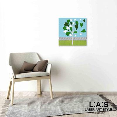Quarantotto </br>  Codice: Q-008 | Misura: 48x48 cm </br> Colore: decoro verde-incisione legno
