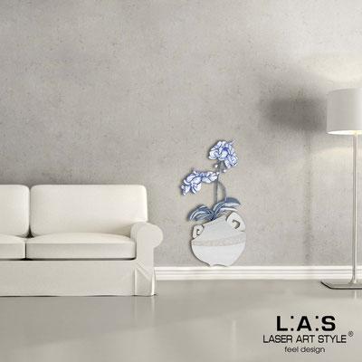 Floral wall sculpture </br> Code: SI-180-C | Size: 49x95 cm </br> Colour: silver-bluette decoration-wood engraving