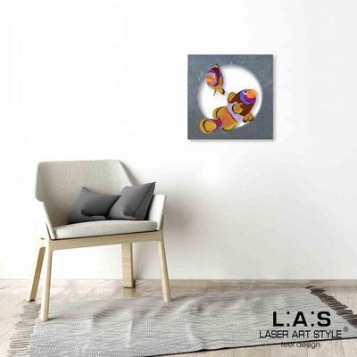 Quarantotto </br>  Codice: Q-032 | Misura: 48x48 cm </br> Colore: decoro multicolor-incisione legno