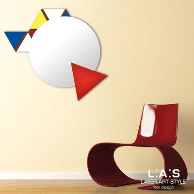 Specchiere </br> Codice: SI-205Q-SP | Misura: 82x73 cm </br>  Colore: decoro colori primari-rosso-incisione legno