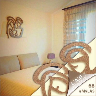 A casa di Ylenia e Nicola <br> Abitazione privata | Italia </br> Codice: SI-228XL | Misura: 90x70 cm </br> Colore: sabbia - bronzo