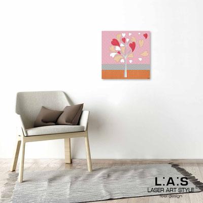 Quarantotto </br>  Codice: Q-008 | Misura: 48x48 cm </br> Colore: decoro pesca-incisione legno