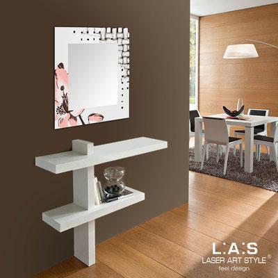 Mirrors </br> Code: SI-075Q-SP | Size: 90x90 cm </br>  Colour: cream-salmon decoration-wood engraving