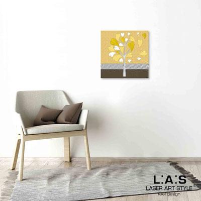Quarantotto </br>  Codice: Q-008 | Misura: 48x48 cm </br> Colore: decoro senape-incisione legno