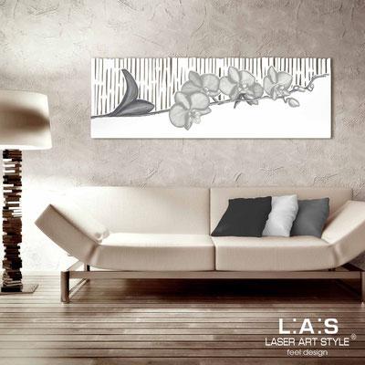 Quadri Floreali </br>  Codice: SI-087-B   Misura: 148x50 cm </br>  Colore: bianco-decoro grigio-incisione tono su tono