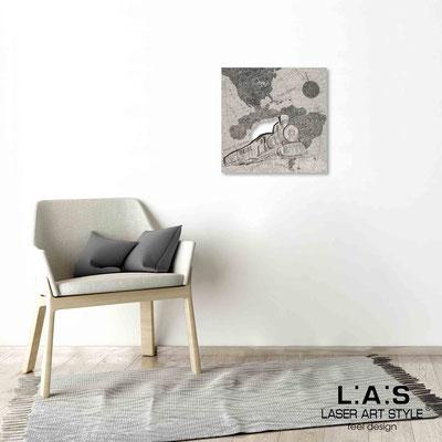 Quarantotto </br>  Code: Q-030 | Size: 48x48 cm </br> Colour: black decoration-wood engraving
