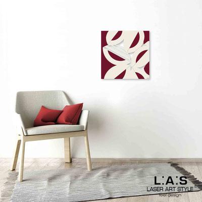 Quarantotto </br>  Codice: Q-017 | Misura: 48x48 cm </br> Colore: decoro beige-borgogna-incisione legno