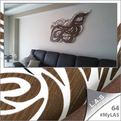 A casa di Marilù <br> Abitazione privata   Italia </br> Codice: SI-171   Misura: 150x60 cm <br> Colore: bianco - incisione legno - applicazione bronzo