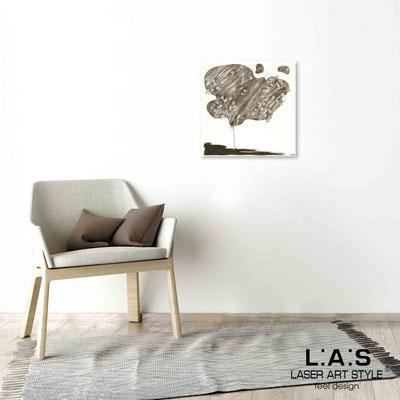 Quarantotto </br>  Code: Q-001 | Size: 48x48 cm </br> Colour: dove grey decoration-wood engraving