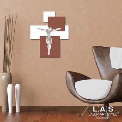 Crocifissi </br> Codice: CR19 | Misura: 54x65 cm </br>  Colore: bianco-cotto-incisione legno