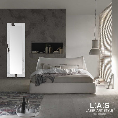 Mirrors </br> Code: SI-092-SPXL | Size: 180x60 cm </br>  Colour: light grey-silver leaf decoration-matched engraving