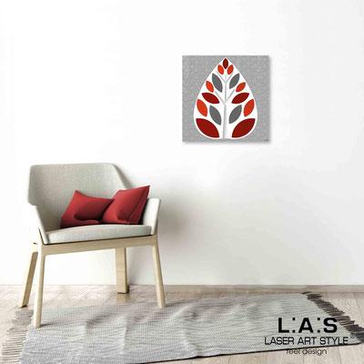 Quarantotto </br>  Codice: Q-007 | Misura: 48x48 cm </br> Colore: decoro rosso-incisione legno