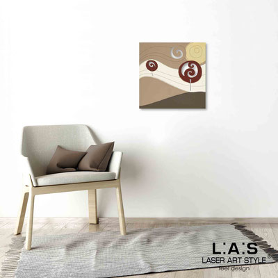 Quarantotto </br>  Codice: Q-013 | Misura: 48x48 cm </br> Colore: decoro ruggine-incisione legno