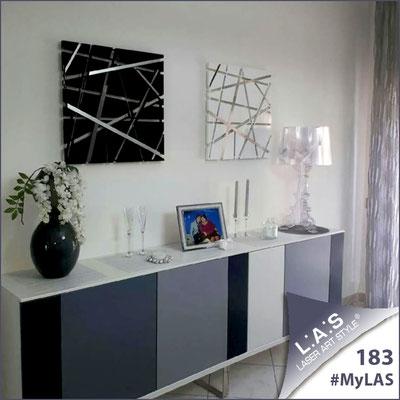 A casa di Enzamaria   Italia </br> Codice: SI-095M   Misura: 60x60 cm </br> Colore: nero </br> Codice: SI-095M   Misura: 60x60 cm </br> Colore: bianco