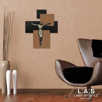 Crocifissi </br> Codice: CR19 | Misura: 54x65 cm </br>  Colore: nero-bronzo-incisione legno