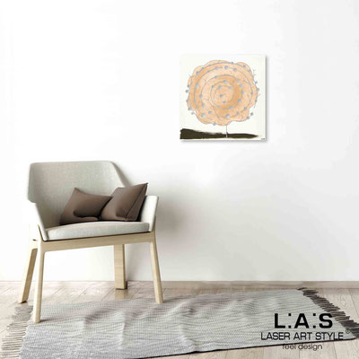 Quarantotto </br>  Codice: Q-003 | Misura: 48x48 cm </br> Colore: decoro pesca-incisione legno