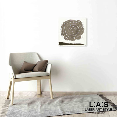 Quarantotto </br>  Code: Q-003 | Size: 48x48 cm </br> Colour: dove grey decoration-wood engraving