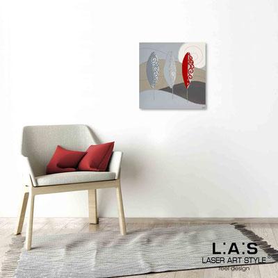 Quarantotto </br>  Codice: Q-015 | Misura: 48x48 cm </br> Colore: decoro rosso-incisione legno