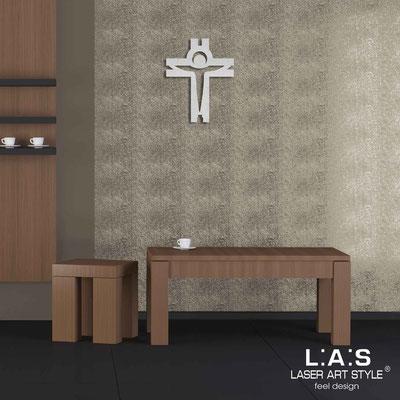 Crucifixes </br> Code: CR25 | Size: 32x40 cm </br> Colour: silver