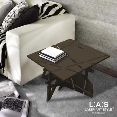 Complementi d'arredo </br> Codice: SI-294 | Misura: 60x60 h40 cm </br> Colore: marrone-acciaio inox-incisione tono su tono