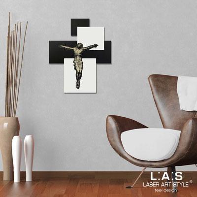 Crucifixes </br> Code: CR19 | Size: 54x65 cm </br> Colour: black-cream-wood engraving