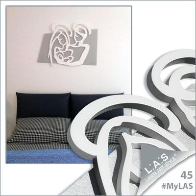A casa di Alessandra e Angelo <br> Abitazione privata | Italia </br> Codice: SI-228XL | Misura: 90x70 cm </br> Colore: argento - bianco