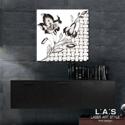 Quadri Floreali </br>  Codice: SI-075Q   Misura: 90x90 cm </br>  Colore: bianco-decoro nero-incisione legno