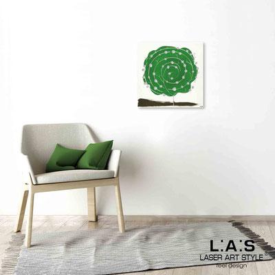 Quarantotto </br>  Codice: Q-003 | Misura: 48x48 cm </br> Colore: decoro verde-incisione legno