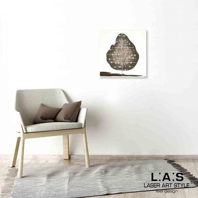 Quarantotto </br>  Code: Q-002 | Size: 48x48 cm </br> Colour: dove grey decoration-wood engraving