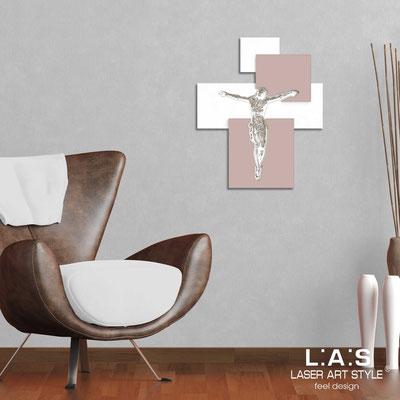 Crocifissi </br> Codice: CR19 | Misura: 54x65 cm </br>  Colore: bianco-cipria-incisione legno