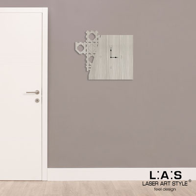 Wall clocks </br> Code: G-415 | Size: 65x55 cm </br> Colour: grey wood