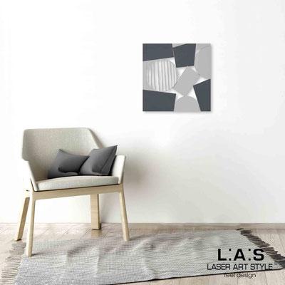 Quarantotto </br>  Codice: Q-016 | Misura: 48x48 cm </br> Colore: decoro grigio-grigio-incisione legno