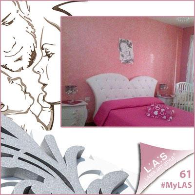 Abitazione privata | Italia </br> Codice: SI-237 | Misura: 50x65 cm </br> Colore: bianco - argento