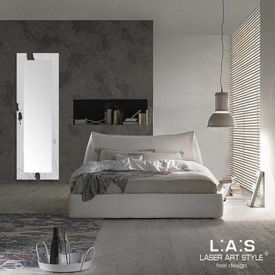 Specchiere </br> Codice: SI-092-SPXL | Misura: 180x60 cm </br>  Colore: grigio luce-decoro foglia argento-incisione tono su tono