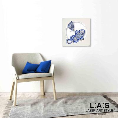 Quarantotto </br>  Codice: Q-032 | Misura: 48x48 cm </br> Colore: decoro bluette-incisione legno