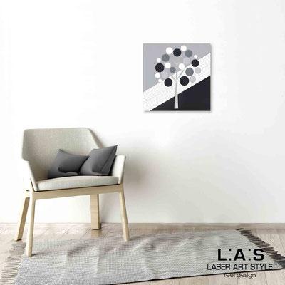 Quarantotto </br>  Codice: Q-009 | Misura: 48x48 cm </br> Colore: decoro grigio-incisione legno