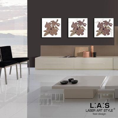 Quadri Floreali </br>  Codice: SI-102   Misura: 3pz 45x45 cm/cad </br>  Colore: bianco-decoro violaceo-incisione legno